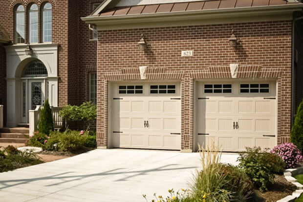 Haas 600-Series Garage Doors